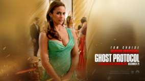 Paula Patton In Green Dress In Mission Impossible &#8211; Ghost Protocol